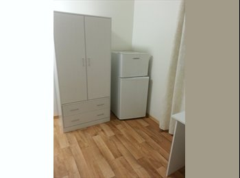 EasyRoommate AU - 3 year old Share House, Cairns - $185 pw