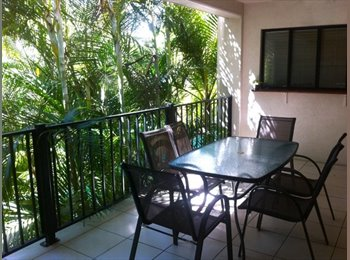 Modern Double Room CBD Cairns perfect for couple