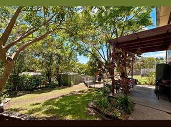 EasyRoommate AU - 1x very large double room with queen bed & built in - Arana Hills, Brisbane - $150 pw