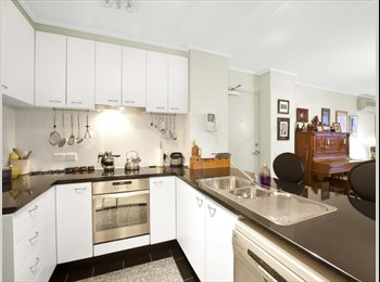 EasyRoommate AU - Best Location 2 min walk to southern cross station - Melbourne, Melbourne - $189 pw