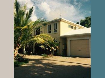 EasyRoommate AU - Bushland Beach studio , Bluewater - $180 pw