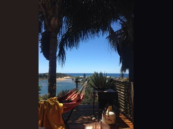 EasyRoommate AU - Furnished Double Room Available Ocean views Northern beaches - North Narrabeen, Sydney - $300 pw