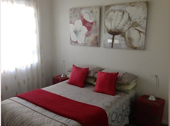 EasyRoommate AU - private room with own bathroom - Little Bay, Sydney - $300 pw