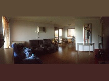 EasyRoommate AU - Looking for a room mate to live in our unit - Joondanna, Perth - $190 pw
