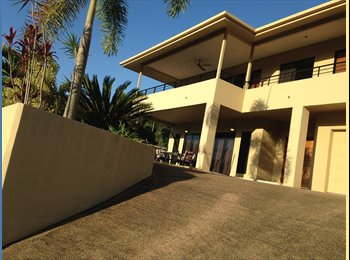 EasyRoommate AU - Queen Size Room Available in Large Home - Brinsmead, Cairns - $180 pw
