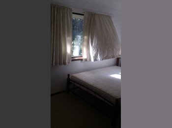 Two Rooms to Let Gooseberry Hill
