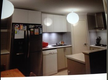 EasyRoommate AU - Room for rent - Canning Vale, Perth - $165 pw