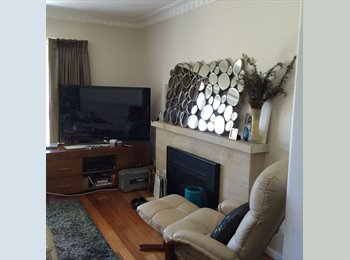 EasyRoommate AU - Civilized Home - Altona North, Melbourne - $250 pw