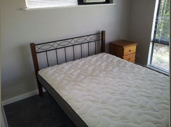 EasyRoommate AU - Room for Rent. - Kewarra Beach, Cairns - $140 pw