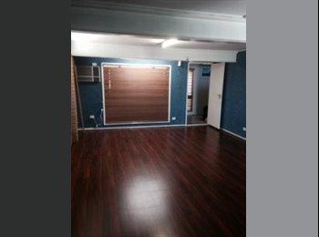 EasyRoommate AU - Large downstairs 30 sqm room for rent - Runcorn, Brisbane - $190 pw