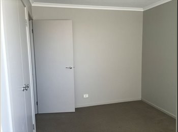 EasyRoommate AU - Cosy room in Quiet Court - Berwick, Melbourne - $189 pw