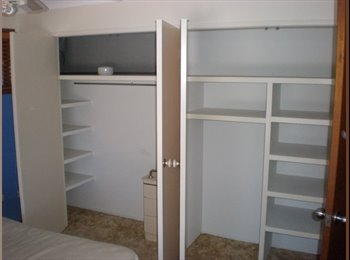 ONE DOUBLE ROOM, Banora Point, clean