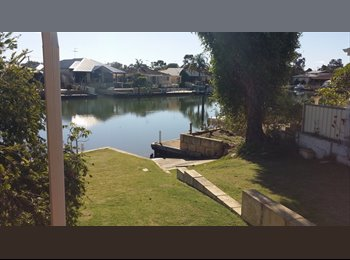 waterfront canals in sth yunderup room to rent