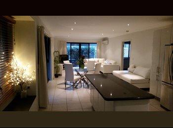 EasyRoommate AU - luxurious home, very friendly young housemates - Currimundi, Sunshine Coast - $170 pw