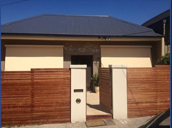 Large Bedroom Available in House in Alphington