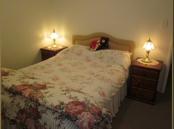 EasyRoommate AU - Home away from home - Queens Park, Perth - $150 pw