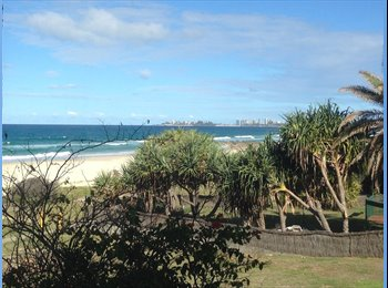 EasyRoommate AU - Tranquil Beach Resort Living, Currumbin - $200 pw