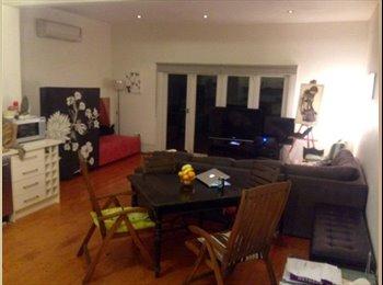 EasyRoommate AU - Big Room in Beautiful Prahran House, Fab Location - Prahran, Melbourne - $271 pw