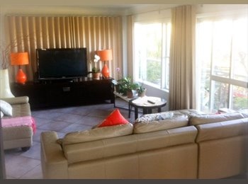 EasyRoommate AU - Large double bedroom + ensuite for rent on ground - Dee Why, Sydney - $320 pw