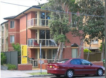 EasyRoommate AU - Light filled apartment in the heart of Bondi - Bondi, Sydney - $370 pw
