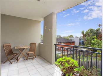 EasyRoommate AU - Spacious Master Bedrrom w/Ensuite - Great Location - Dee Why, Sydney - $350 pw