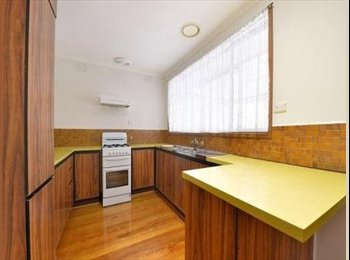EasyRoommate AU - Looking for a home not a house? - Clarinda, Melbourne - $145 pw