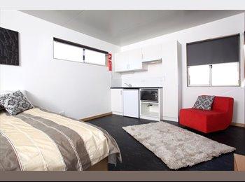 EasyRoommate AU - Single room - Hilton, Perth - $190 pw