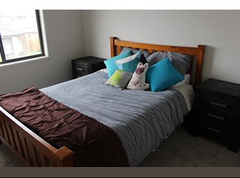 EasyRoommate AU - $230 pw incl all Utilities - Big modern home - Point Cook, Melbourne - $230 pw