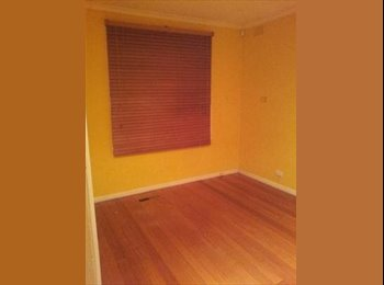 Cheap room for rent in Bundoora!