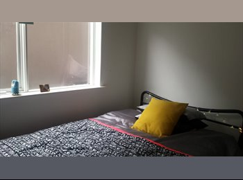 EasyRoommate AU - double room to rent st kilda - St Kilda, Melbourne - $196 pw