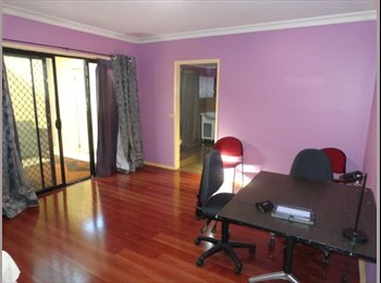 Fully furnished annex close to Rmit and Latrobe