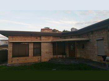 EasyRoommate AU - Great Room for Rent in Glenelg!, Ashford - $140 pw