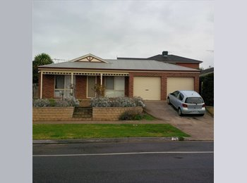 EasyRoommate AU - MASTER BEDROOM WITH ENSUITE AND OWN STUDY AND LOUNGE - Waurn Ponds, Geelong - $200 pw