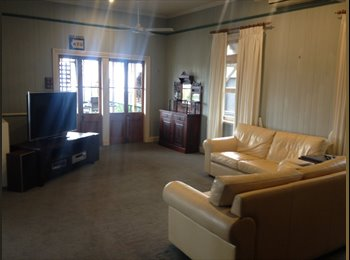 EasyRoommate AU - Room in New Farm Queenslander with city views - New Farm, Brisbane - $250 pw