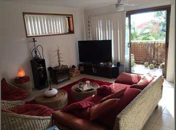EasyRoommate AU - Looking for a flat mate 100 mtrs from the beach in Broadbeach - Broadbeach, Gold Coast - $190 pw