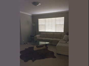 EasyRoommate AU - Double room for rent - Brighton-Le-Sands, Sydney - $300 pw