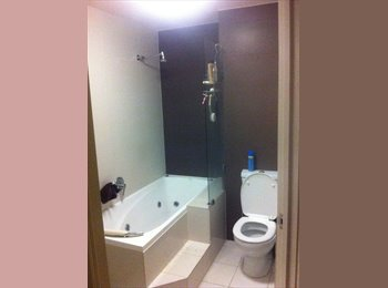 EasyRoommate AU - Amazing 3 story town house in great location - Mile End, Adelaide - $250 pw