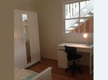EasyRoommate AU - 4 student rooms in NEWLY BUILT queenslander, K Point! - Kangaroo Point, Brisbane - $190 pw