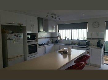 EasyRoommate AU - Room for rent in Bibra Lake - Bibra Lake, Perth - $150 pw