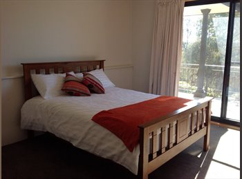 Large bedroom available in 4 bedroom house