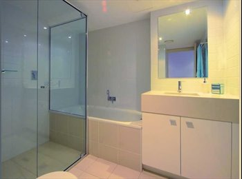 Upscale Apartment overlooking Townsville CBD