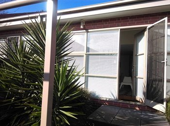 EasyRoommate AU - PERFECT ROOM AVAILABLE IN A A LOVELY HOUSE - Maribyrnong, Melbourne - $260 pw
