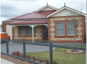 EasyRoommate AU - Furnished Room North Plympton $200 - North Plympton, Adelaide - $200 pw