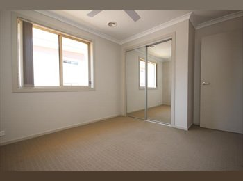 EasyRoommate AU - Room for Rent - Housemate Wanted - Gungahlin, Canberra - $175 pw
