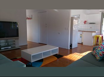 EasyRoommate AU - ROOMS FOR RENT IN FULLY FURNISHED HOUSE - Varsity Lakes, Gold Coast - $170 pw