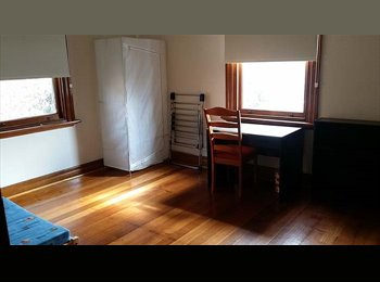 EasyRoommate AU - Large Room For Rent, High Street Kew. Utilities included.  - Kew, Melbourne - $185 pw