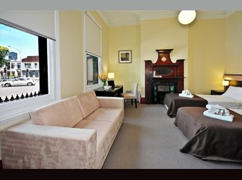 EasyRoommate AU - Short Term Stays in Fully Furnished Guest House. City Fringe locations., Melbourne - $280 pw