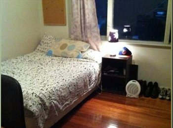 South Yarra Apartment - Great Location