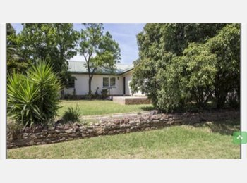 EasyRoommate AU - Furnished room for Rent in Quarry Hill - Quarry Hill, Bendigo - $120 pw