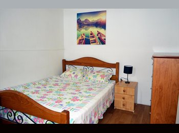 EasyRoommate AU - Spacious Room 10 minutes from Macquarie Station - North Ryde, Sydney - $320 pw